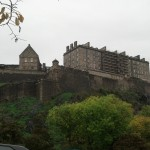 Edinburgh_Castle-below-20131022-02